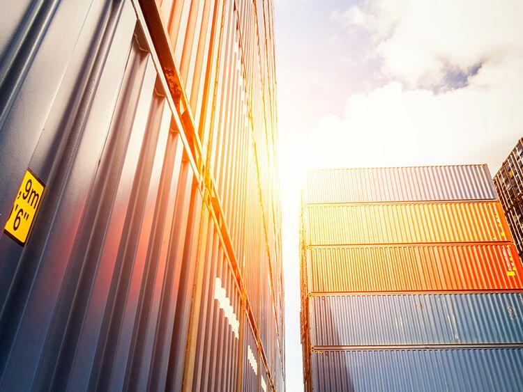 Transport kontenerowy – kontener 40' RF HC